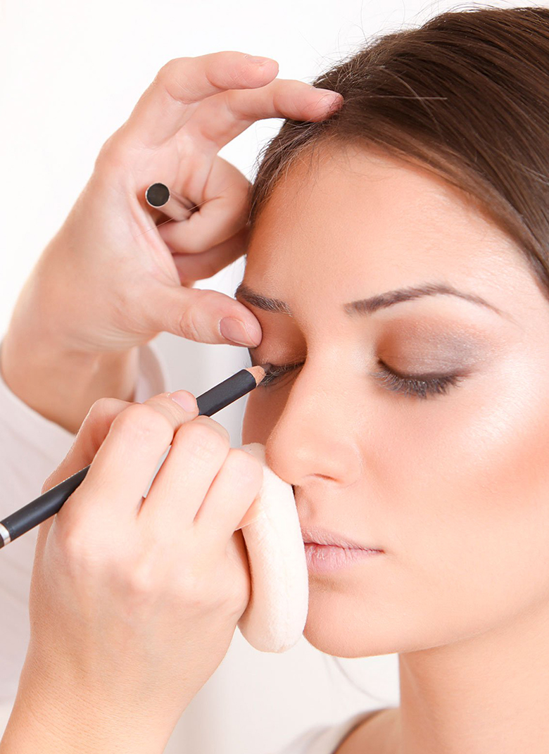 Professional Makeup Courses By